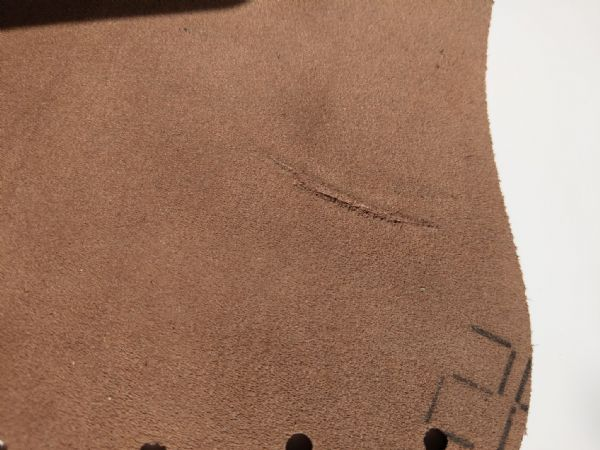`SECONDS` LEATHER BRACER light brown